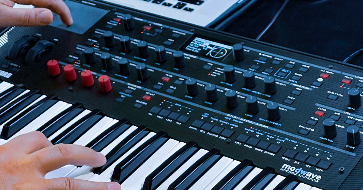 Korg Modwave Sintetizzatore Wavetable multitimbrico a 2 parti con WaveSequencing 2.0